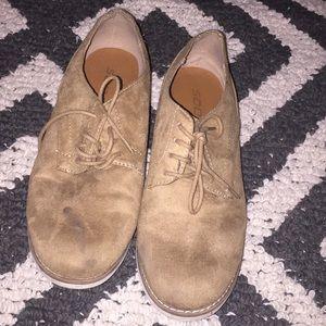 Girls tan shoe size 7.5